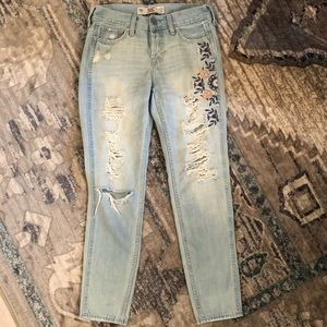 Hollister Distressed Embroidered Light Wash Jeans